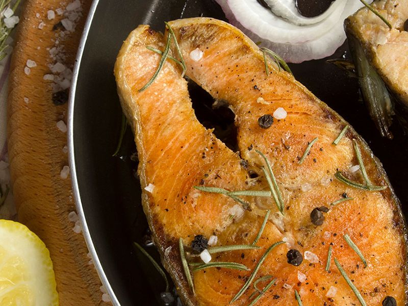 Mouthwatering Salmon with Caramelized Onion